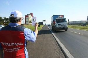 Fiscalização-de-veículos-diesel-com-uso-da-Escala-de-Ringelmann